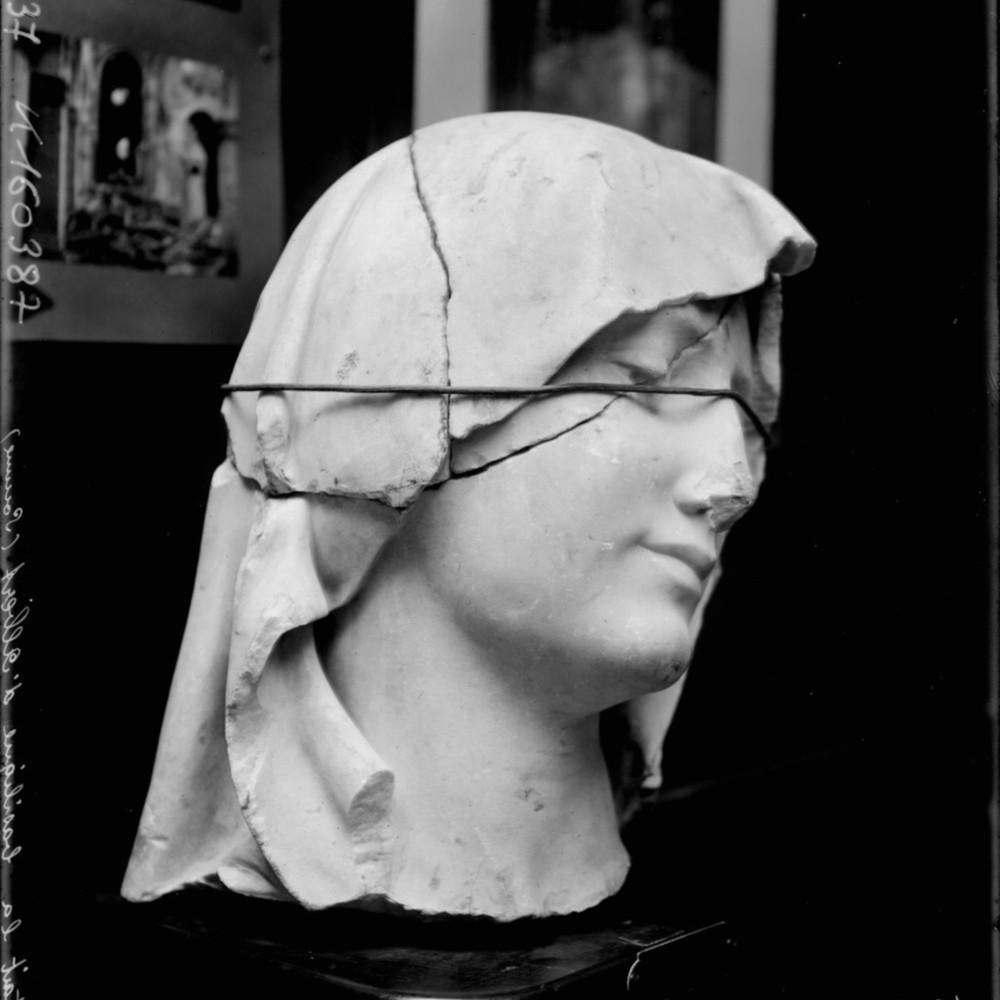 http://gallica.bnf.fr/ark:/12148/btv1b6952853r.thumbnail.highres.jpg